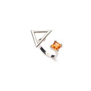 PRINCESS CUT TRIANGLE RING