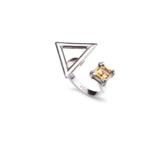 YELLOW TOPAX TRIANGLE RING